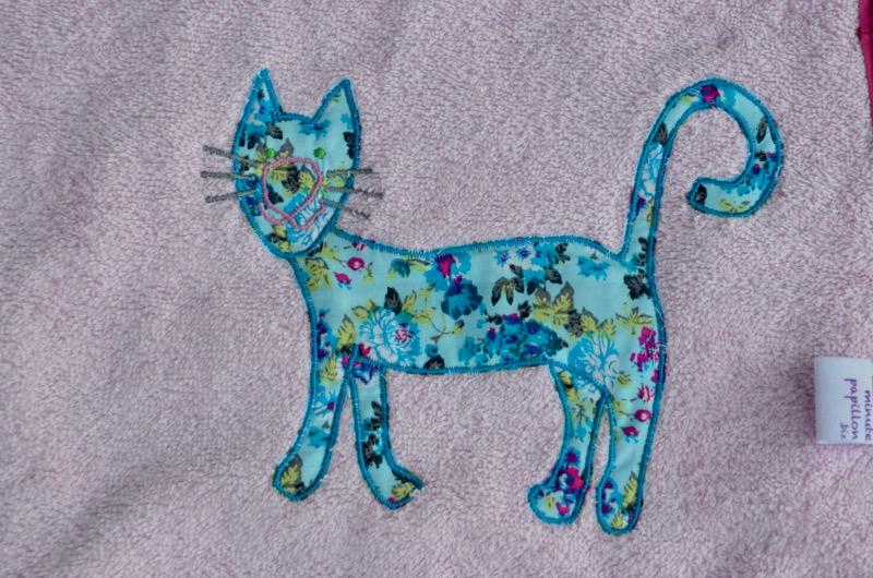 Les chats et Fifi la souris